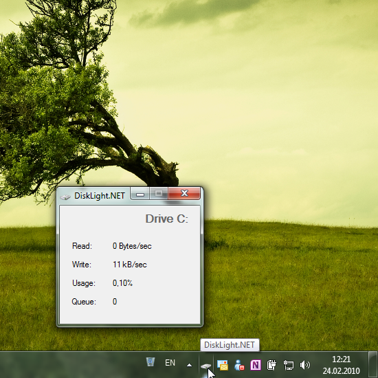 Отслеживание активности жестких дисков с помощью DiskLight.NET